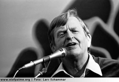 Palme håller tal i Köpmanholmen.